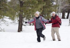 personnes agées et neige